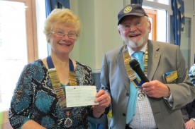 The cheque being presented to Pat Sweet, President of Warwick Inner Wheel