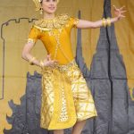 13 Thai classical dance